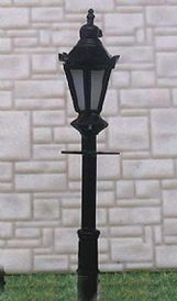 N Scale Lampposts